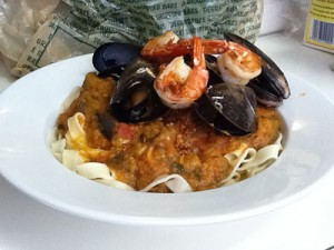 Mussel and Garlic Butter Prawn Marinara