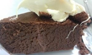 Chocolate Mousse Cake (grain/dairy/nut free, naturally-sweetened)