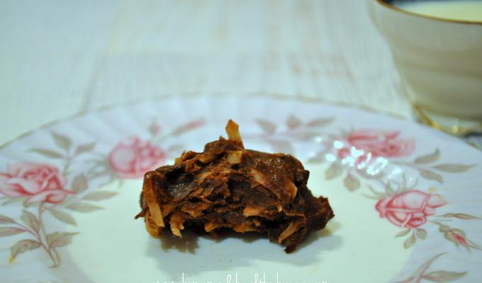 3 Ingredient Choc-Coconut Fudge Cookies